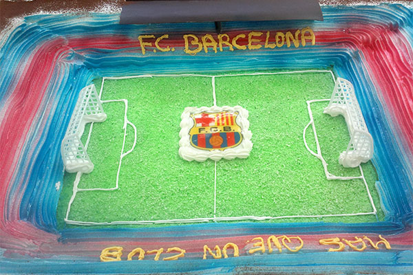 Tarta con forma del estadio Camp Nou Futbol Club Barcelona Confiteria Rufino Aracena